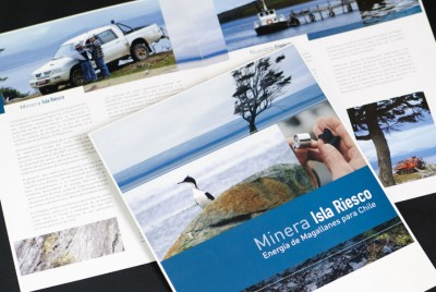 Brochure corporativo | <span>Minera Isla Riesco<span>